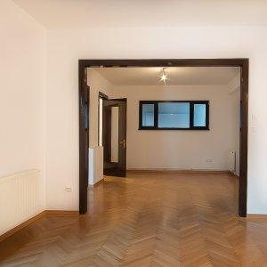 Inchiriere apartament 4 camere Calea Victoriei, zona Radisson Blue