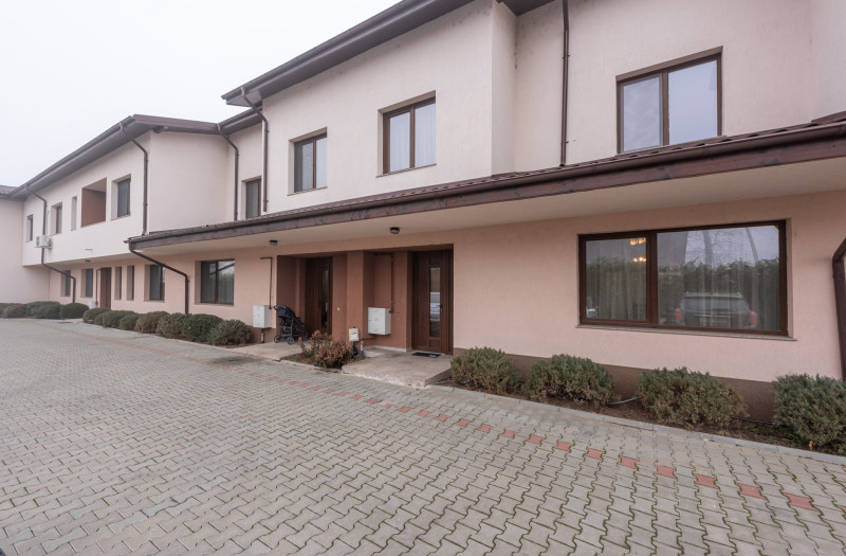 Inchiriere casa P+1 in Complex Rezidential Otopeni